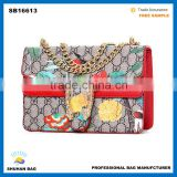 new design european snake shoulder bag , high quality snake women bag with chain                                                                                                         Supplier's Choice
