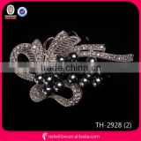 China Professional jewelry maker 2015 handmade black Pearl flower mental Brooches Wholesale
