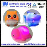 Rubber shark/owl/turtle shaped baby bath light led flashing toy