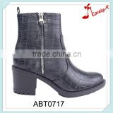 Direct manufacturer innovation horse riding unique upper design double zipper chunky heel boots