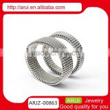 MOQ 3 pair cheap price guangzhou whosale jewelry silver couple rings for couple