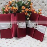 Hot sale high-end burgandy silk folio wedding invitations with white ribbons & crystal brooches