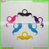 Promotion Identification Silicone Beard Wine Glass Marker/Wine Glass Charms/Plastic Glass Clip