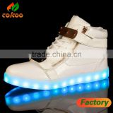 2017 New Chargeable Flash Night Luminous Sneakers Children white black color Light Up shoes for girls and boys sheos