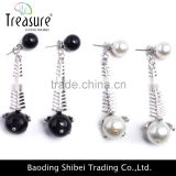 Hot jewelry store fish bone alloy black and white pearl dangle earrings jewelry for women