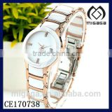 fashion gold plated stainless steel set with ceramic watches for women with date aperture