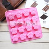 New product food grade microwave oven freezer safe non-stick 16 pawprint handmade silicone soap moulds molds