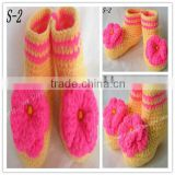2013 efan cotton hand knitted animal winter crochet baby shoes boot with flower pattern minions acrylic beanie