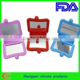 2012 hot sale silicone folding mini high quality pocket mirror