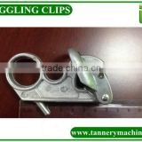 plastic hanger hook clip for toggling machine