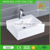 Free standing bathroom white modern toilet wash basin