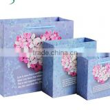beautiful creative Gift paper Packaging Bag with handlle for drinking clothing with factory price