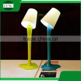 wholesale cheap funny school office stationery mini plastic desk table light lamp roller ball point pen