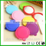Personalized pocket silicone makeup mirror