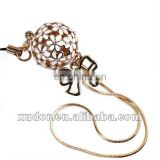 WHITE FLOWER BAG PROMOTION CELL PHONE CHARM
