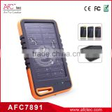 2015 wholesale rubber water resistant portable solar charger power bank for mobile phone