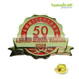 High quality souvenir 50 years anniversary metal pin/wholesale custom shape metal pin badge