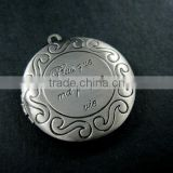 32mm brass vintage style antiqued silver French plus que ma propre vie round photo locket pendant 1113018