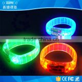2017 Fashionable colorful controller led flashing concert bracelet led remote silicon bracelet for party