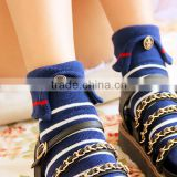New arriving hot sale hand linking custom retro lapel woman sock with button, woman tube sock, woman knee high sock