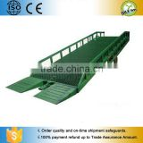 Hydraulic mobile car forklift loading dock ramp / Manual portable dump trucks ladders