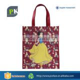 2D Cartoon Non-woven Cheap Gift Bags