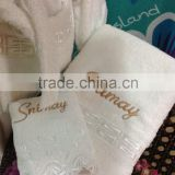 China towel manufactory pure cotton embroidery custom label/logo pure cotton white100% cotton material hotel towel