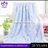 China supplier manufacturer 80x100cm chrismas set baby using multipurpose soft microfiber flannel blanket