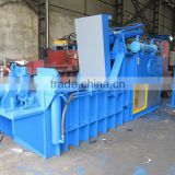 manual horizontal baler