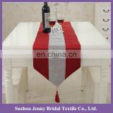 TR064A wholesale silver diamante studden red plaid polyester fabric thick satin table runner