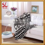 Classic Black and White Pattern Sofa Blanket Soft 100% Cotton Knitting Reversible Throw Blanket