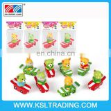 2015 new high quality wind up toy cheap animal toy by skateboard