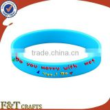 souvenir gift merry christmas celebration glow in the dark silicone bracelet for children