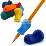 Universal Ergonomic Writing Aid for Righties and Lefties Kids Claw Holder Silicone Pencil Grips