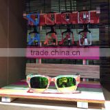 Wholesale colorful wooden bamboo sunglasses display stand, shelf, rack