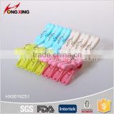 12pcs V design assorted plastic color clothes clips pegs                                                                                                         Supplier's Choice
