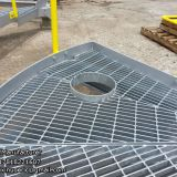 Hot dipped galvanized steel deck grating for construction