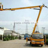 Small Truck mounted hydraulic articulated boom lift equipment for repairing