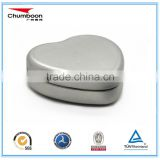 small heart shape chocolate candy tin box / logo emboss gift metal box / good price tin can
