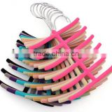 Various Color 2014 New Anyti-slip Flocked Tie Hanger Hot Sale