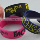 cheap silicone wristbands,rubber silicon chip wristband,cool silicone wristband for promotion