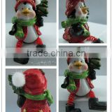 Colorful painting resin figurine, penguin Christmas