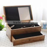 High quality lacquered wooden jewelry packaging box with black velvet