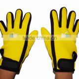 Customized 2mm-3.5MM Neoprene diving surfing gloves suitable for Various Water/Aqua sports