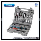 Portable carry box 3/8''*3'' extension bar 3/8'' H ratchet handle 1/4'' adaptor 6'' long nose plier 8oz claw hammer