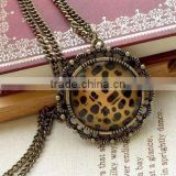 fashion leopard grain disc pendant, metal alloy, antique jewelry, fashion jewelry