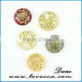 Round shape resin cabochon jewelry pendant , dried flower resin cabochon , clear flat resin cabochon