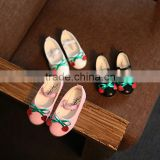In the autumn of 2016 children's shoes super soft Girls Princess Shoes cute cherry dance shoes wholesale