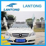 Auto Parts Vertical Scissor Doors Lantong Lambo Door Kit For E Class
