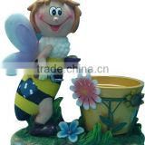 bee with plant pot flower pot polyresin garden animal